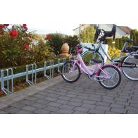 Bicycle rack – serial parking