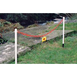 Flexibarrier Post & Chain Barrier with Plastic Pole - Spike, 107 cm