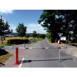 Access barrier with counterweight and swing post