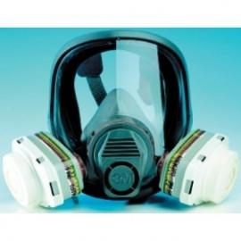 3M's helmask 6900S, stor.