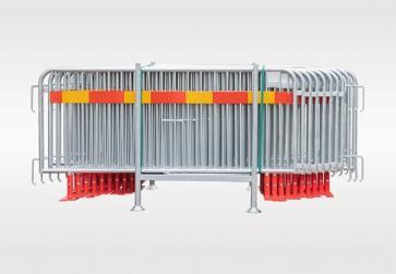 Kravallstaket med vridbar fot och reflex - Paket i transportkorg (57,5m)